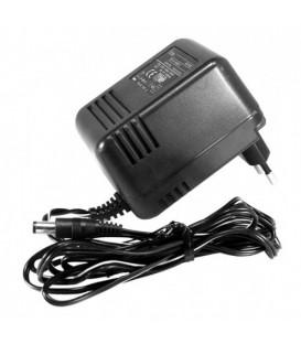 Icom NBC-145 AC-adapter för BC-160